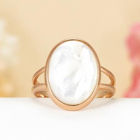 Кольцо перламутр белый  (серебро 925 пр., позолота) размер 17,5
