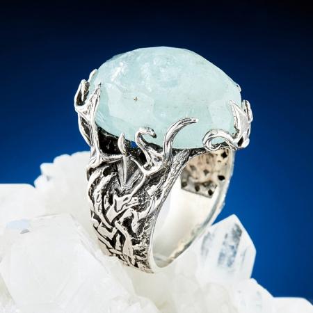 Кольцо аквамарин  огранка (серебро 925 пр.) размер 18