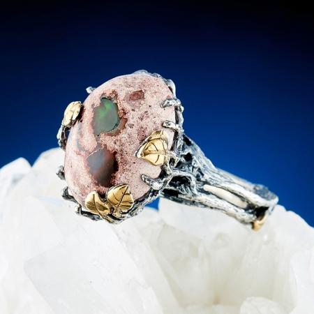 Кольцо опал благородный огненный  (серебро 925 пр., позолота) размер 17