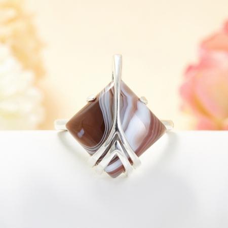 Кольцо агат серый  (серебро 925 пр.) размер 21,5