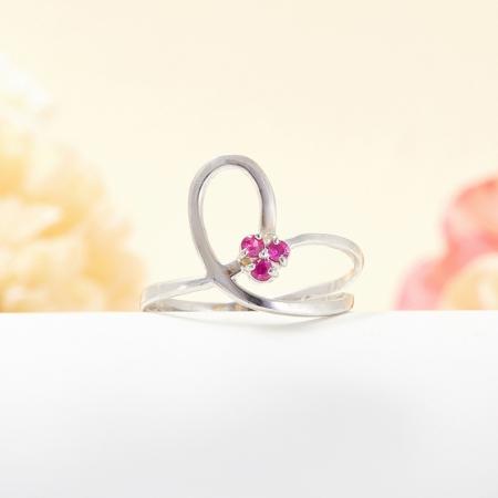 Кольцо рубин  огранка (серебро 925 пр.) размер 17Рубин<br>Кольцо рубин  огранка (серебро 925 пр.) размер 17<br><br>kit: None