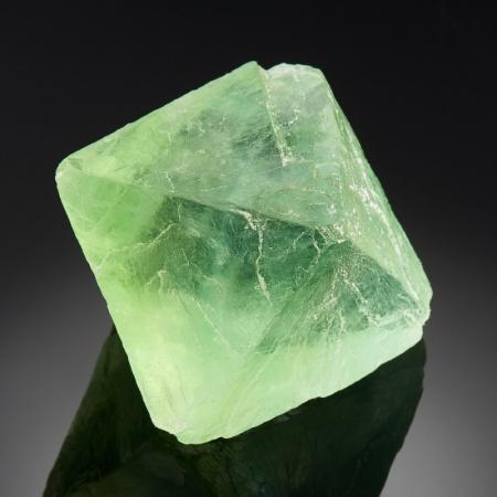 Кристалл флюорит зеленый  XS