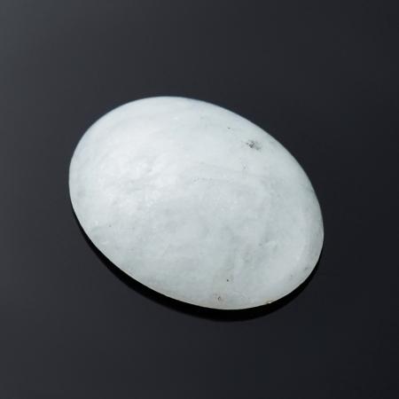 Кабошон берилл гошенит с иризацией  6х14х18.4 мм