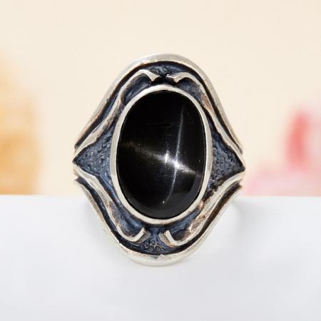 Кольцо диопсид звездчатый  (серебро 925 пр.) размер 17,5