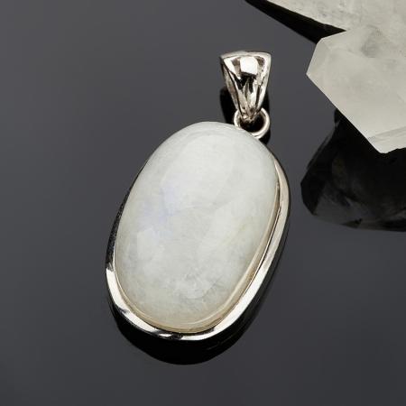 Кулон овал лунный камень