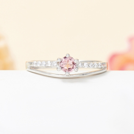 Кольцо турмалин розовый  огранка (серебро 925 пр.) размер 17