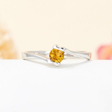 Кольцо турмалин желтый  огранка (серебро 925 пр.) размер 17
