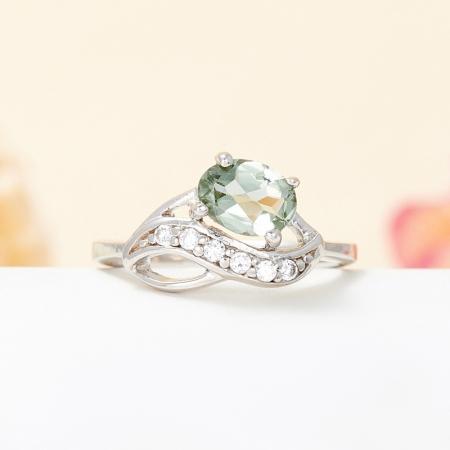 Кольцо турмалин зеленый  огранка (серебро 925 пр.) размер 15,5