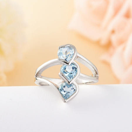 Кольцо голубой топаз огранка (серебро) размер 17,5
