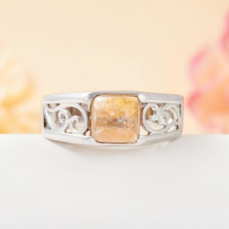 Кольцо турмалин желтый  (серебро 925 пр.) размер 19