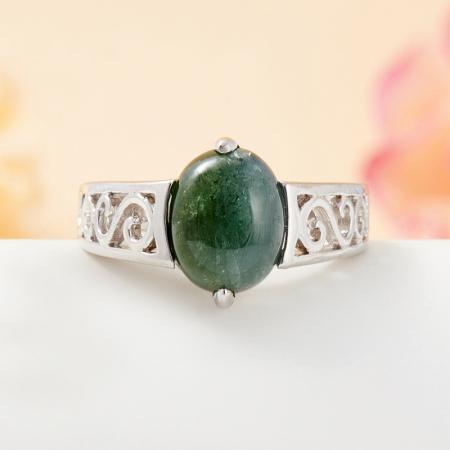 Кольцо турмалин зеленый  (серебро 925 пр.) размер 16,5