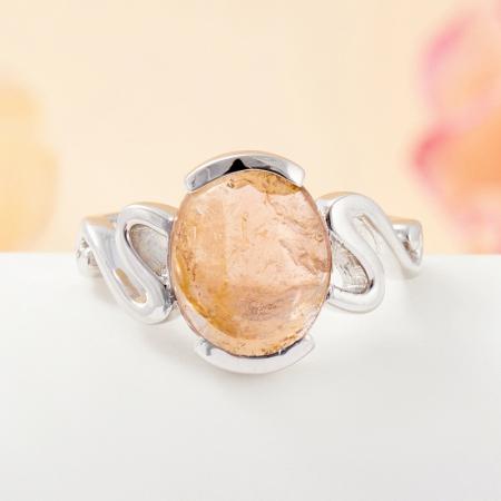 Кольцо турмалин желтый  (серебро 925 пр.) размер 17,5