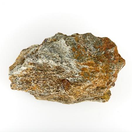 Кристалл в породе гранат-метасоматик  S