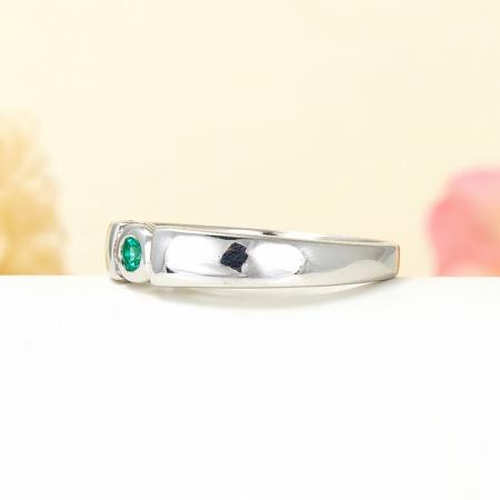 Кольцо изумруд  огранка (серебро 925 пр.) размер 17,5