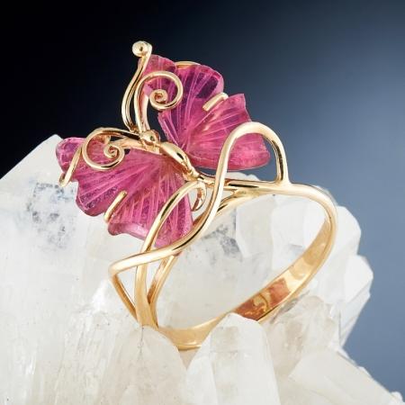 Кольцо турмалин розовый  (золото 585 пр.) размер 17,5