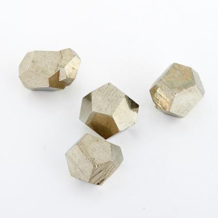 Кристалл пирит  (до 1 см)Пирит<br>Кристалл пирит  (до 1 см)<br><br>kit: None