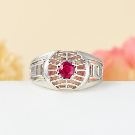 Кольцо рубин  огранка (серебро 925 пр.) размер 19,5