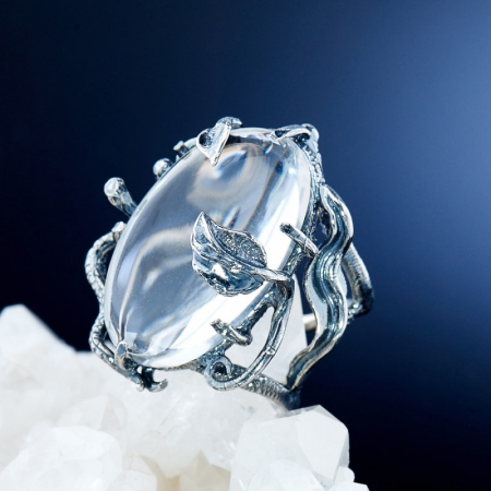 Кольцо горный хрусталь  (серебро 925 пр.) размер 18