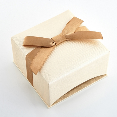 Подарочная упаковка под серьги/кулон 80х80х40 мм