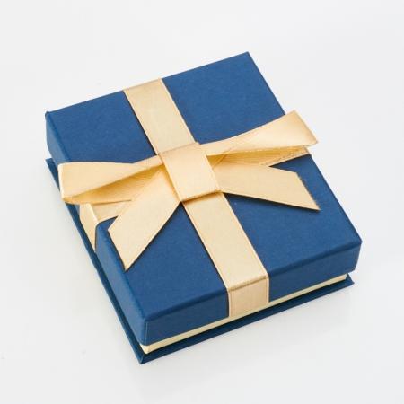 Подарочная упаковка под серьги/кольцо 80х70х25 мм