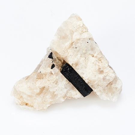 Кристалл в породе турмалин черный (шерл)  S