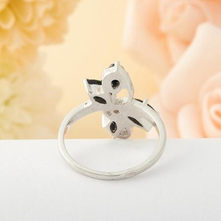 Кольцо сапфир  огранка (серебро) размер 17