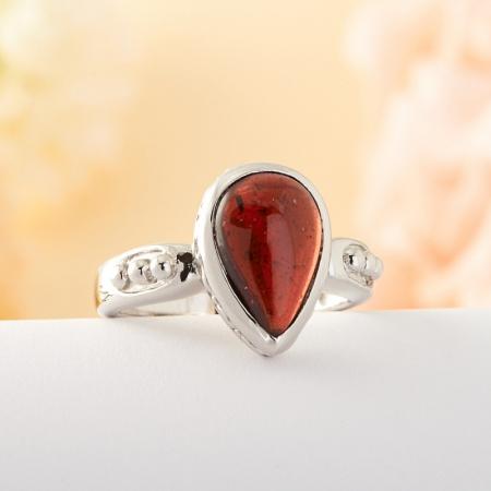 Кольцо гранат  (серебро)  размер 17