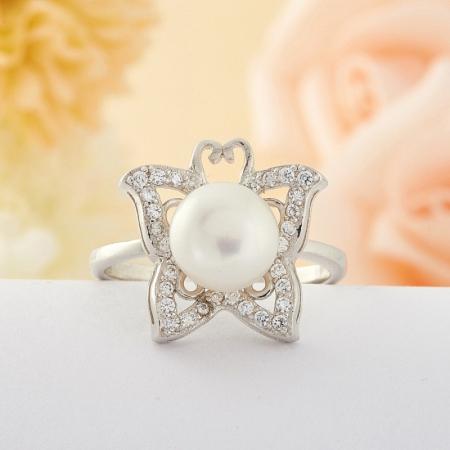 Кольцо жемчуг  (серебро) размер 18