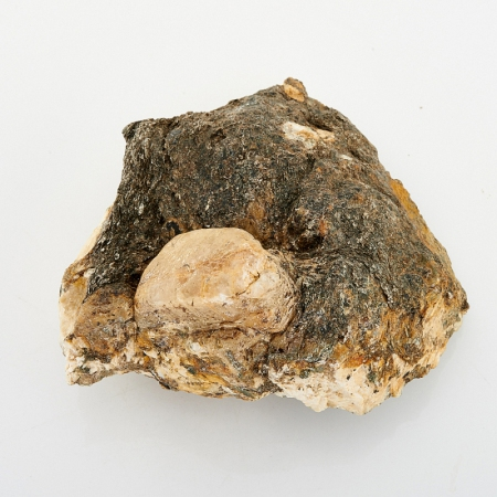 Кристалл апатит  (Урал) 40х60х80 мм