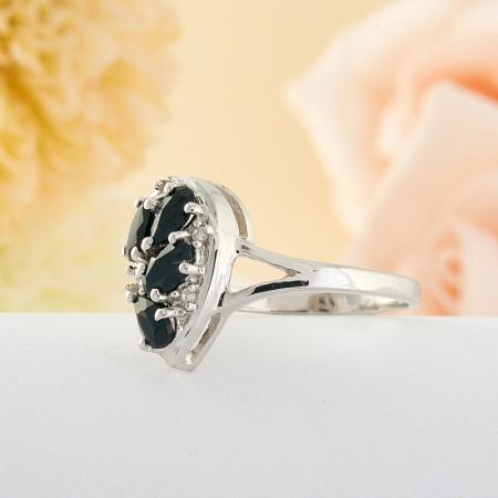 Кольцо сапфир  огранка (серебро) размер 17,5