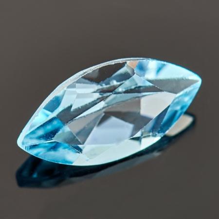 Огранка топаз голубой  6*12 мм