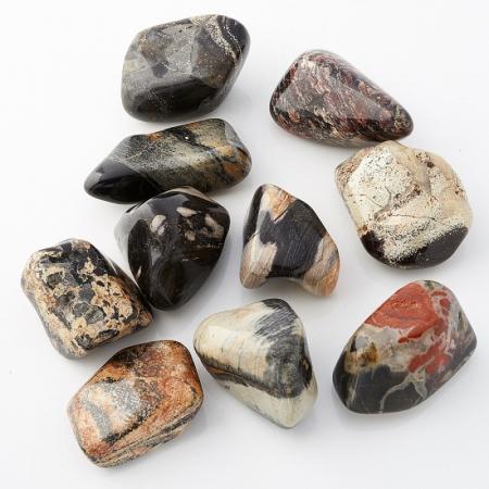 Яшма серебряная  (2,5-3 см) 1 шт