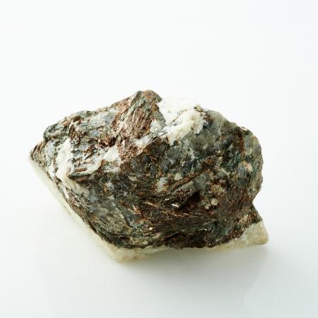 Астрофиллит Кольский п-ов 61х40х36 мм