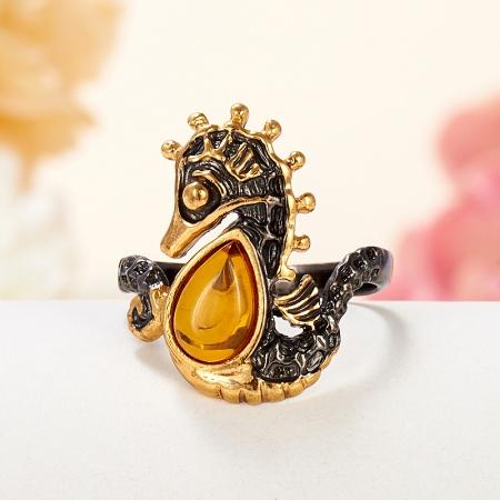 Кольцо янтарь  (серебро 925 пр., позолота, чернение) размер 17Янтарь<br>Кольцо янтарь  (серебро 925 пр., позолота, чернение) размер 17<br><br>kit: None
