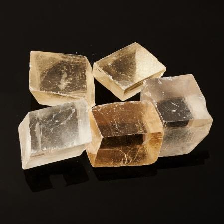 Кристалл кальцит оптический  (2-2,5 см) 1 шт
