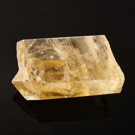 Кристалл кальцит оптический  29х61х78 мм