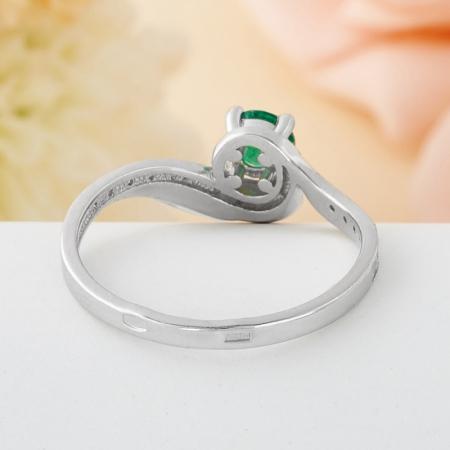 Кольцо изумруд  огранка (серебро 925 пр.) размер 16