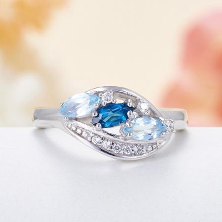 Кольцо топаз (голубой,лондон)  огранка (серебро 925 пр.) размер 17,5