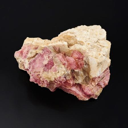 Кристалл в породе турмалин  M