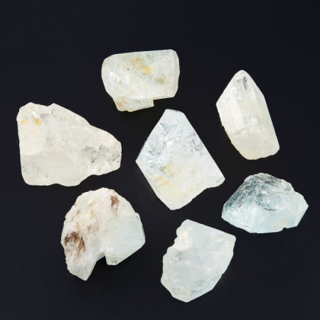 Кристалл топаз  (1,5 см) 1 шт