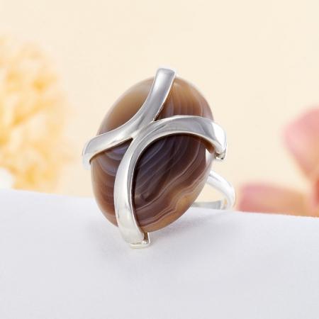 Кольцо агат серый  (серебро 925 пр.)  размер 18,5