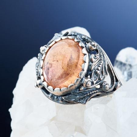 Кольцо турмалин  (серебро 925 пр.)  размер 17,5