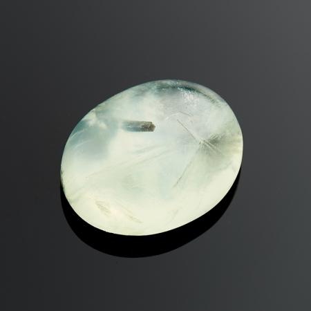 Кабошон пренит  8*10 мм