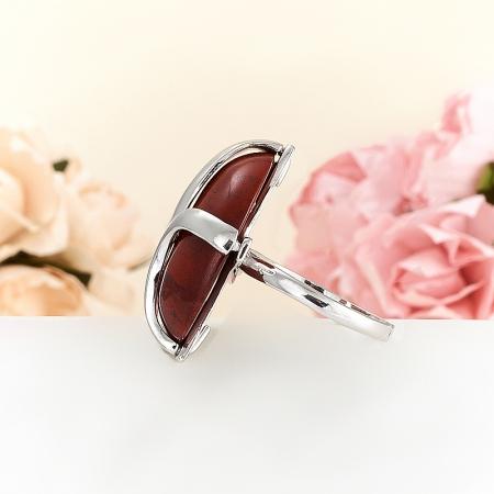 Кольцо яшма красная  (серебро 925 пр.)  размер 18,5