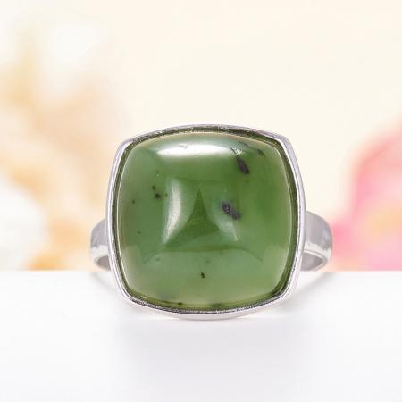 Кольцо нефрит  (серебро 925 пр.) размер 18,5