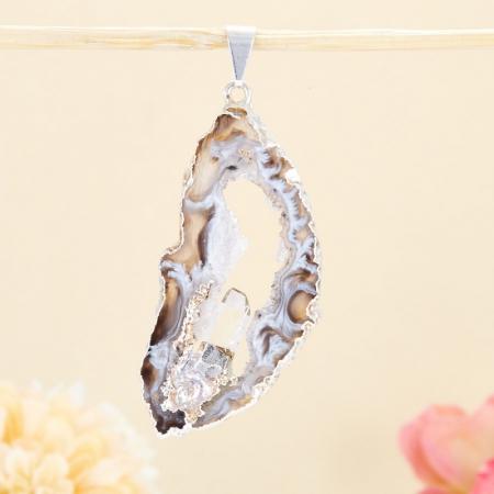 Кулон срез агат и кристалл горный хрусталь  5,5 смАгат<br>Кулон срез агат и кристалл горный хрусталь  5,5 см<br><br>kit: None