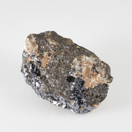 Образец галенит, пирротин, кальцит  S 34х40х69 мм