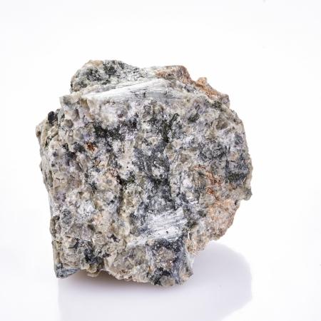 Образец титанит (сфен), пектолит, эгирин, кварц  S 41х48х59 мм