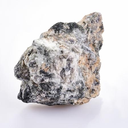 Образец титанит (сфен), пектолит, эгирин, кварц  S 28х42х61 мм