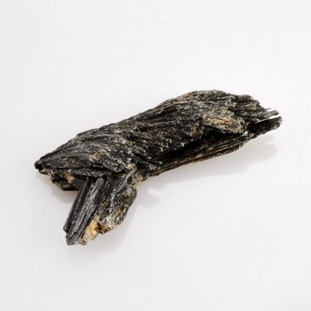 Кристалл (сросток) кианит черный   SКианит<br>Кристалл (сросток) кианит черный   S<br><br>kit: None